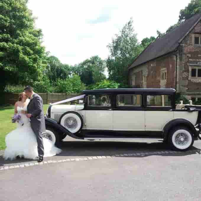 The 10 Best Classic Vintage Wedding Cars In Warwickshire For Hire