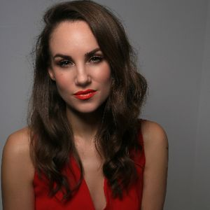 International Vocalist Claire-Louise Wedding Singer
