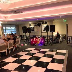 Ashy's Roadshow Mobile Disco & Karaoake Club DJ