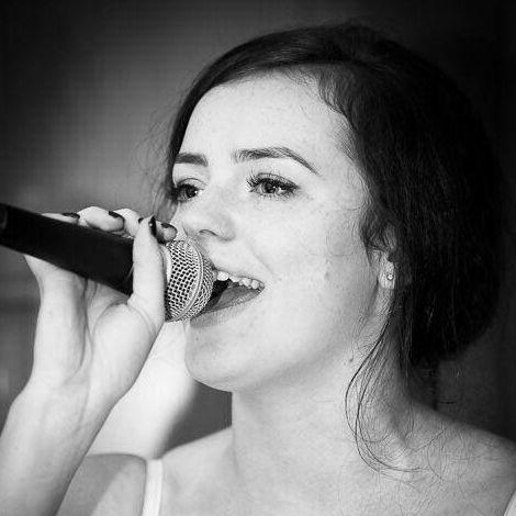 Skye Hadley Live Solo Singer