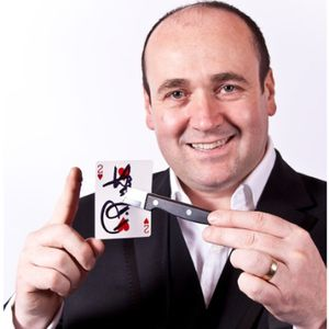 Paul Roberts Magic Close Up Magician