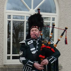 Mick Murray Bagpiper