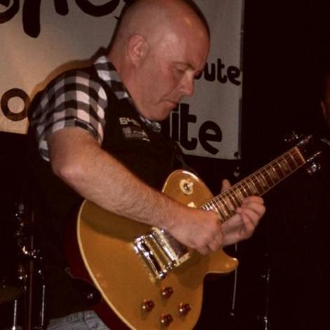 Barrie Cass Guitarist