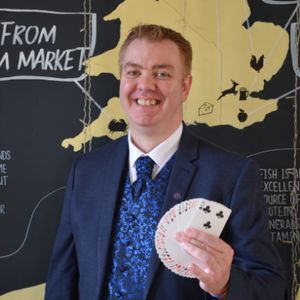 Brian O'Leary Magic Close Up Magician