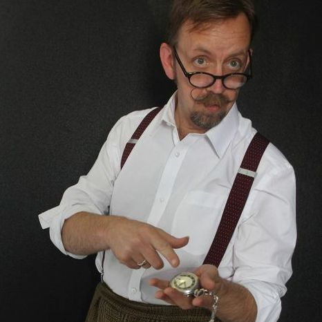 Craig Lewis Magic Table Magician