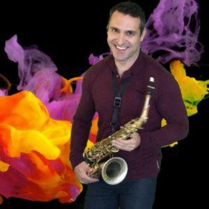"""Slav """"SAX I DO"""" Saxophonist"""