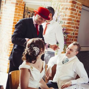 Red Hat Magic Wedding Magician