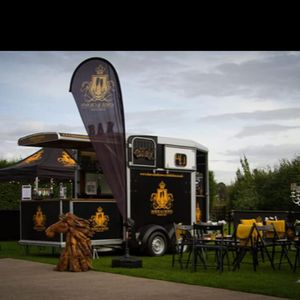 Horse And Crown Mobile Bar Cocktail Bar