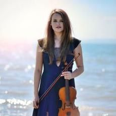 Hollie Chapman Violin Violinist