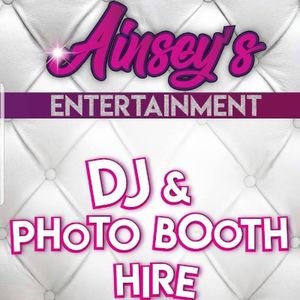Ainsey's Entertainment Photo Booth