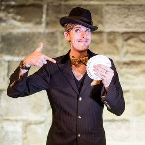 Chris Cross Entertainment Illusionist