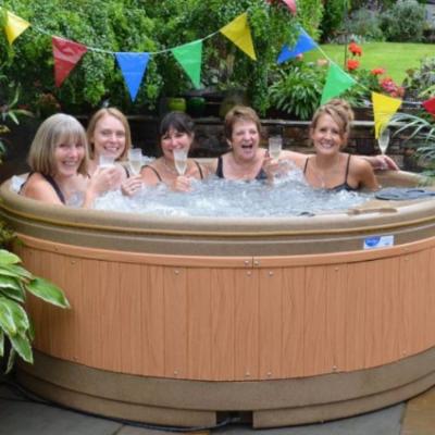 Hot Tub Hire Glasgow Hot Tub
