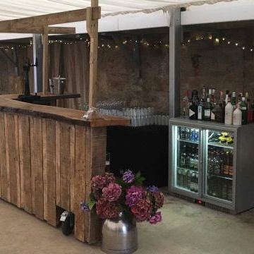 Premium Mobile Bars Catering