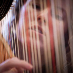 Harriet Adie - Harpist Violinist