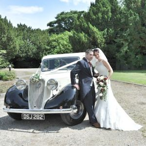In Vogue Wedding Cars Chauffeur Driven Car