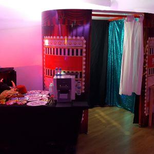Glitz n Glamour Booths Photo Booth