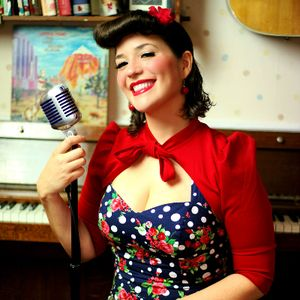 The Vintage Singer - Jess Wedding Singer