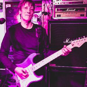 Paul Sharp Singing Guitarist