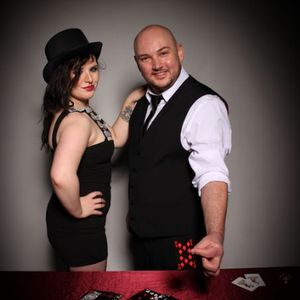 Lee Joseph Mystery Entertainer Wedding Magician