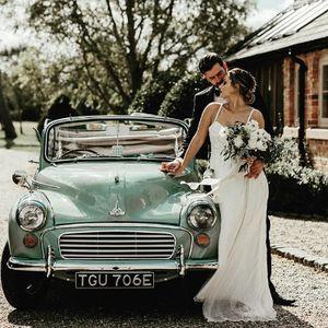 Doris the Morris Vintage & Classic Wedding Car