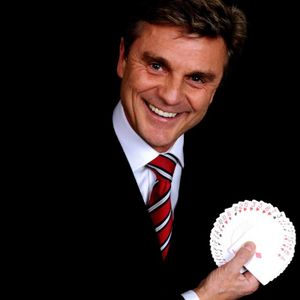 Colin Phillips Magic Illusionist