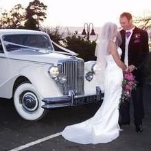 Longden Carriages Vintage & Classic Wedding Car