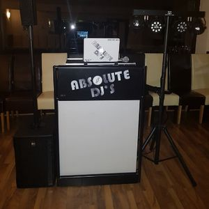 Absolute DJs Ltd Close Up Magician