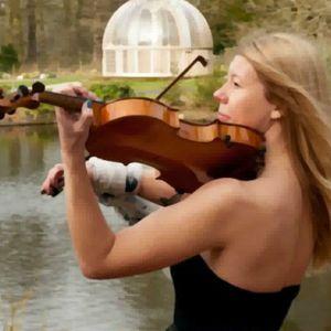CAVE Violinist