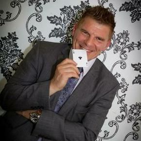 Glenn Ward Wedding Magician