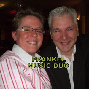 Frankel Live Solo Singer