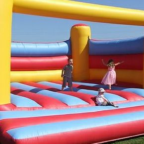 ES Promotions Bouncy Castle