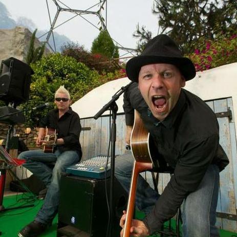 Smug Jars Function & Wedding Music Band