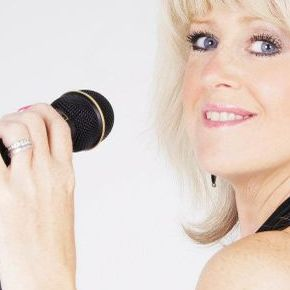 Jayne-Lesley Soul Singer