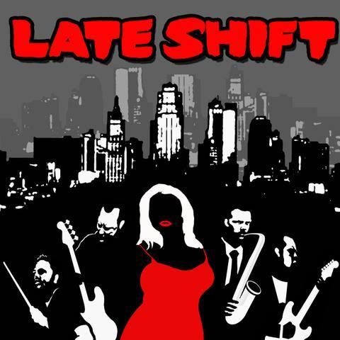 THE LATESHIFT Singing Guitarist