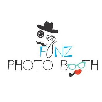 Funz Photobooth Wedding photographer