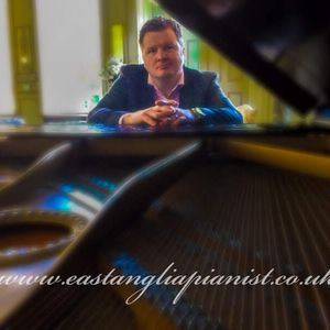 Richard Bennett Pianist