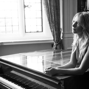 Laurel Grace Pianist