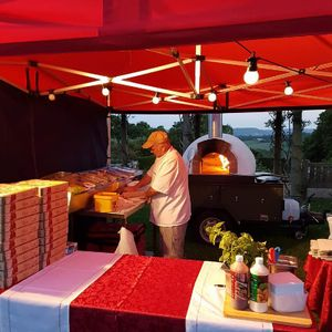 Mammas Woodfired Pizza Mobile Caterer