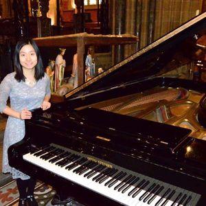 Fangbin Xia Pianist