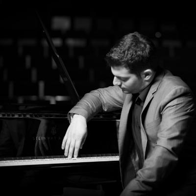 Stathis Chomatsas Pianist