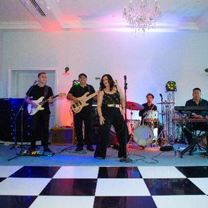 Coco Wedding/Function/Party/Events Band Function & Wedding Music Band