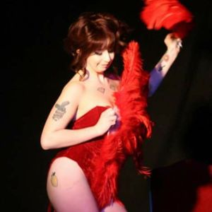 Coco Flamingo Burlesque Dancer