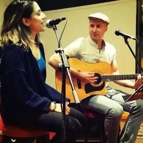 Aniyte Music (Anusha Sareen and Paolo Coruzzi) Live Solo Singer