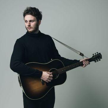 Lennon - Singer/Guitarist Live Solo Singer