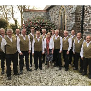 Eight In A Bar Choir
