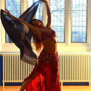 Edinburgh Bellydancing  Lara Belly Dancer