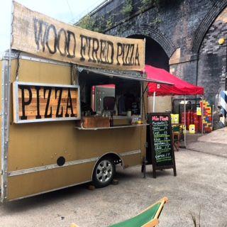 Mio Pizza Pizza Van