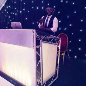 DJseunzeezo Wedding DJ
