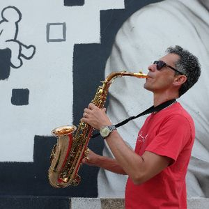Carlo Saxophonist Live music band