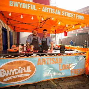 Bwydiful Burger Van